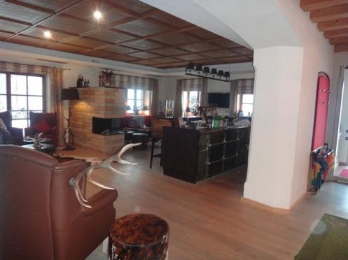 """Sala de estar """"tipo caseiro"""", do Hotel Ruebezahl"""